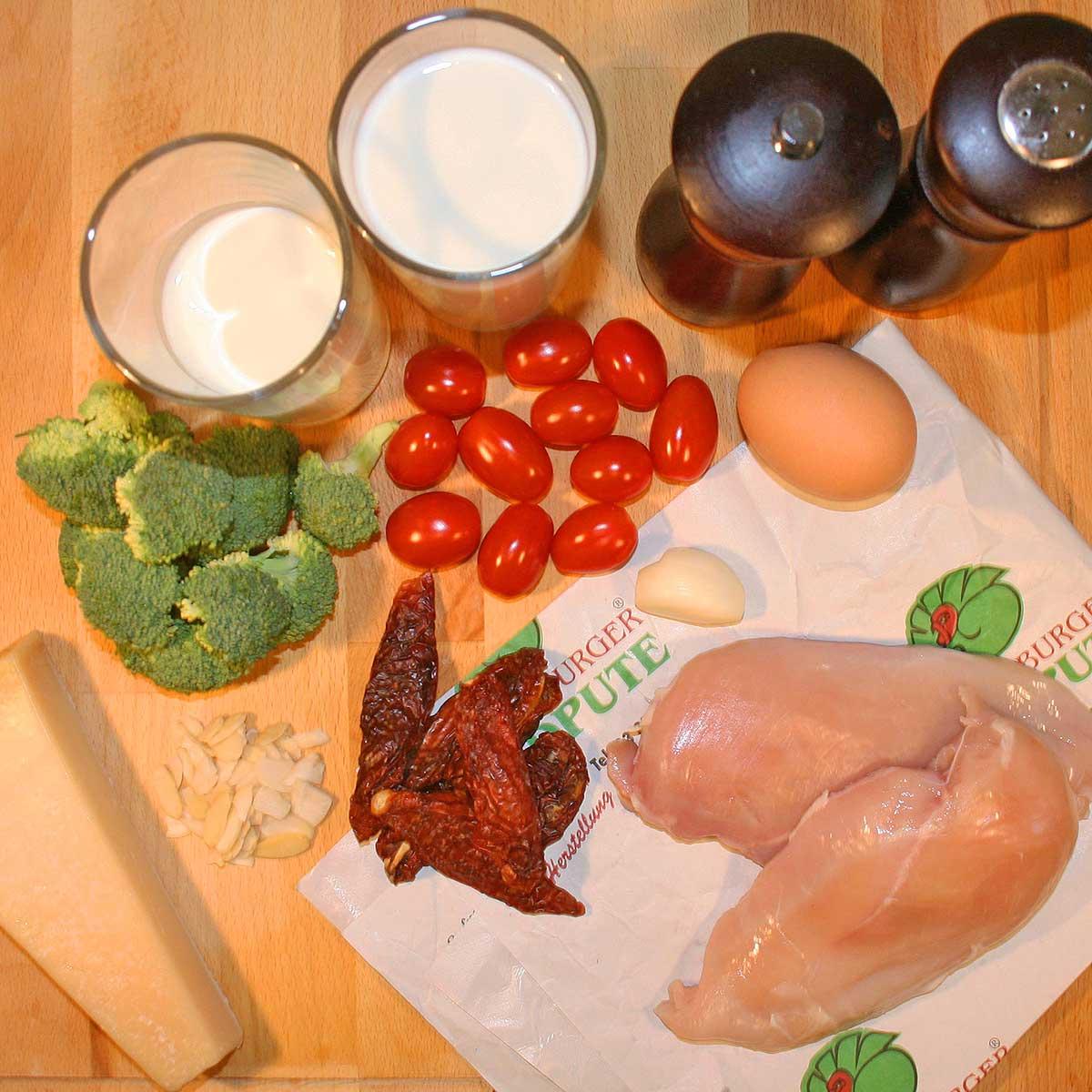 Haehnchen-Brokkoli-Auflauf-Mediterran-Zutaten